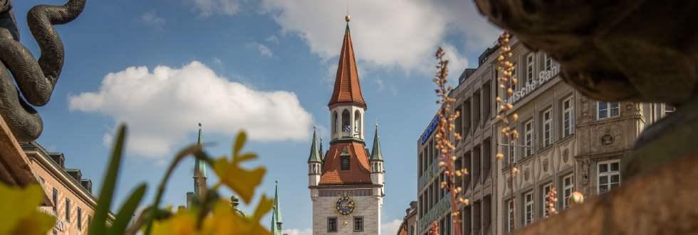 Marienplatz München mit altem Rathaus